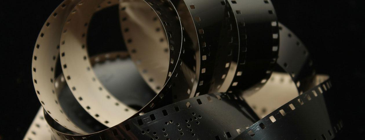 1260-film-102681_1280