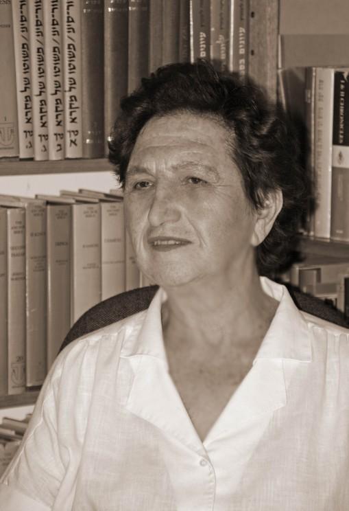 Shai le-Sara Japhet: Studies in the Bible, Its Exegesis and Its Language [Hebrew] Bar-Asher, Moshe, Dalit Rom-Shiloni, Emanuel Tov and Nili Wazana, editors. Jerusalem: Bialik Institute, 2007