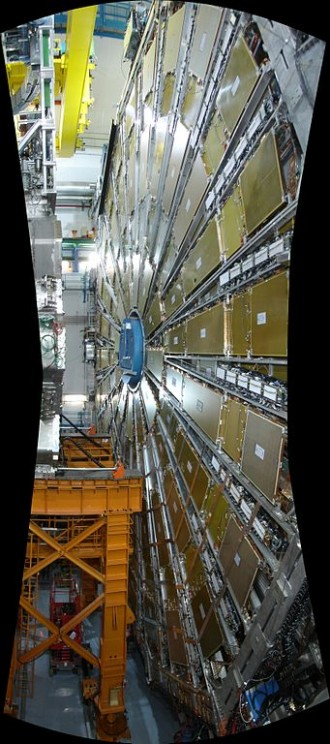 CERN ATLAS detector. Photo by Blankenstijn Andrea aka DaяkAngel, 2008. Creative Commons License via Wikimedia Commons.