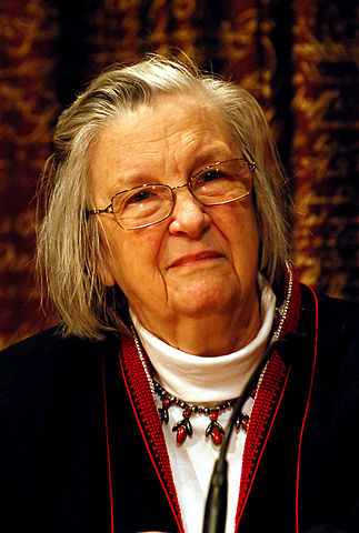 Elinor Ostrom. © Holger Motzkau 2010, Wikipedia/Wikimedia Commons (cc-by-sa-3.0)