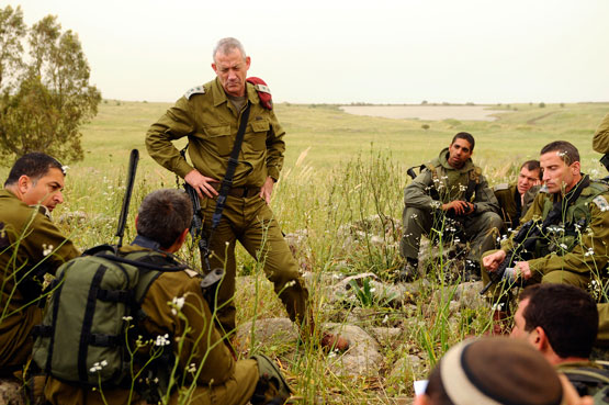 Israel_Defense_Forces_-_Chief_of_Staff_Visits_Paratrooper_Exercise_(2)