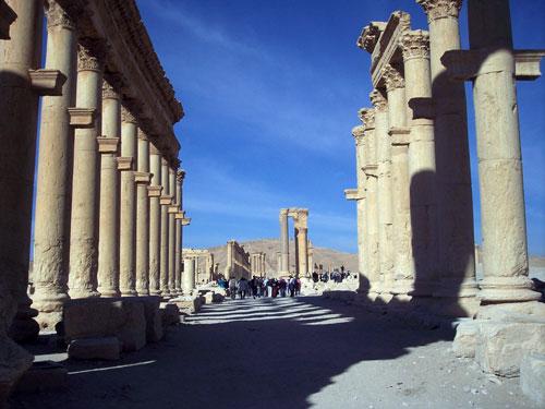Syria-Palmyragrandcolonnade