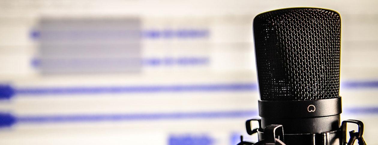 1260-microphone-338481_1280