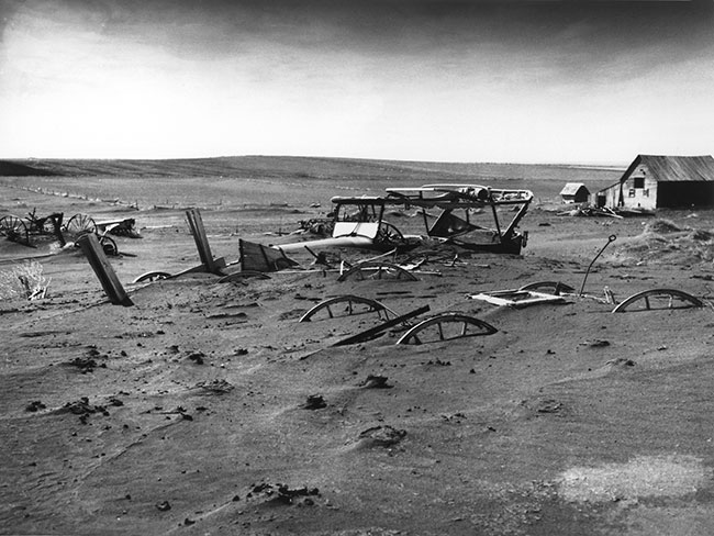 Dust Bowl, South Dakota, 1936. Public Domain via Wikimedia Commons