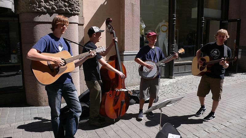 Finnish bluegrass buskers in Helsinki, Finland. June 2006. Photo by Cory Doctorow from London, UK. Creative Commons License via Wikimedia Commons.