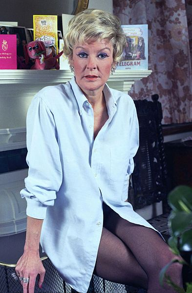 Elaine Stritch in her dressing room at the Savoy Theatre, London. 1973. Photo by Allan Warren, via WikiCommons.