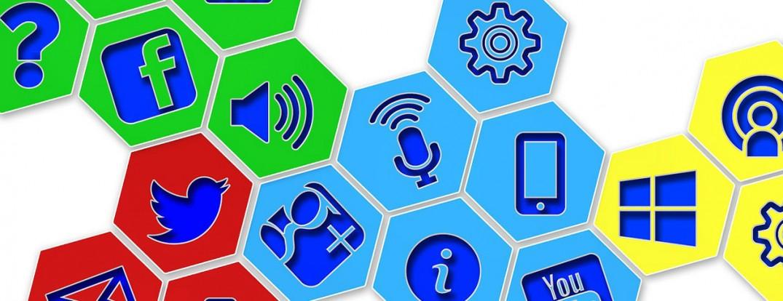 1260-social-icons-368716_1280