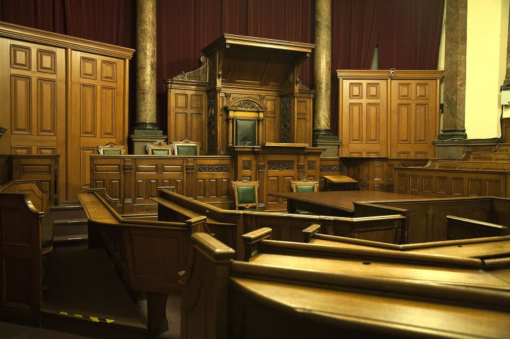 One of the original Victorian Courtrooms at the Galleries of Justice Museum. Photo by Fayerollinson. CC BY-SA 3.0 via Wikimedia Commons.
