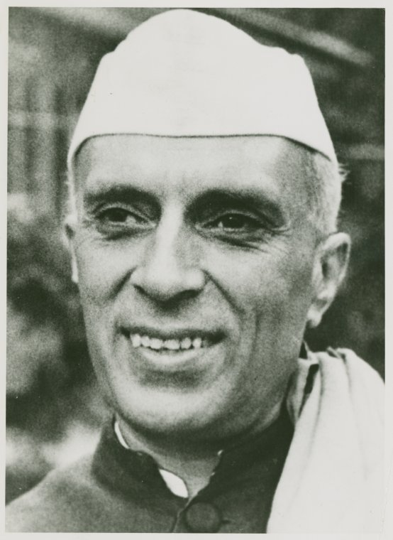 pandit jawaharlal nehru Short biography of pandit jawaharlal nehru for kids pandit jawaharlal nehru was born on 14th november, 1889 he was born in allahabad moti lai nehru his father was a great lawyer his mother's name was swarup rani he was born with a silver spoon in his mouth at the age of 15 he went to [.