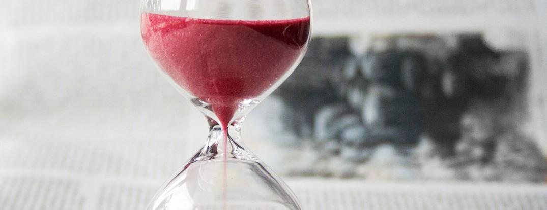 1260-hourglass-620397_1280