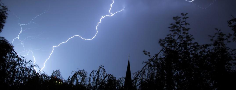 1260-lightning-199651_1280