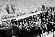 1260-landing-troops-gallipoli