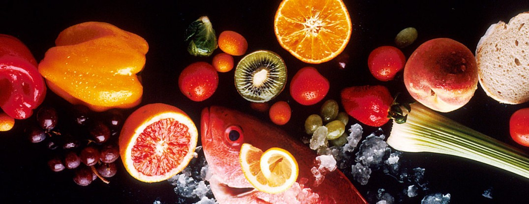 1280px-Healthy_food_resized